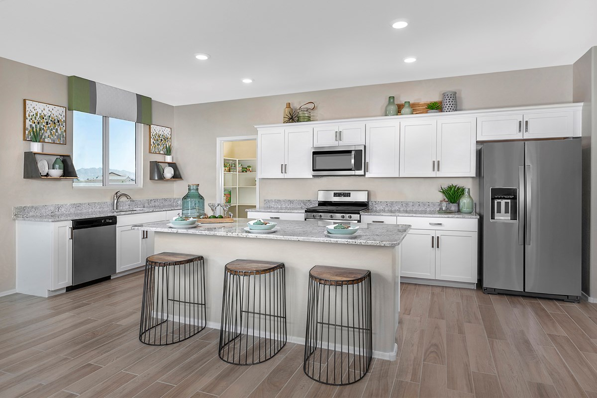 New Homes in Buckeye, AZ - Blue Horizons Enclaves Plan 1612 Kitchen