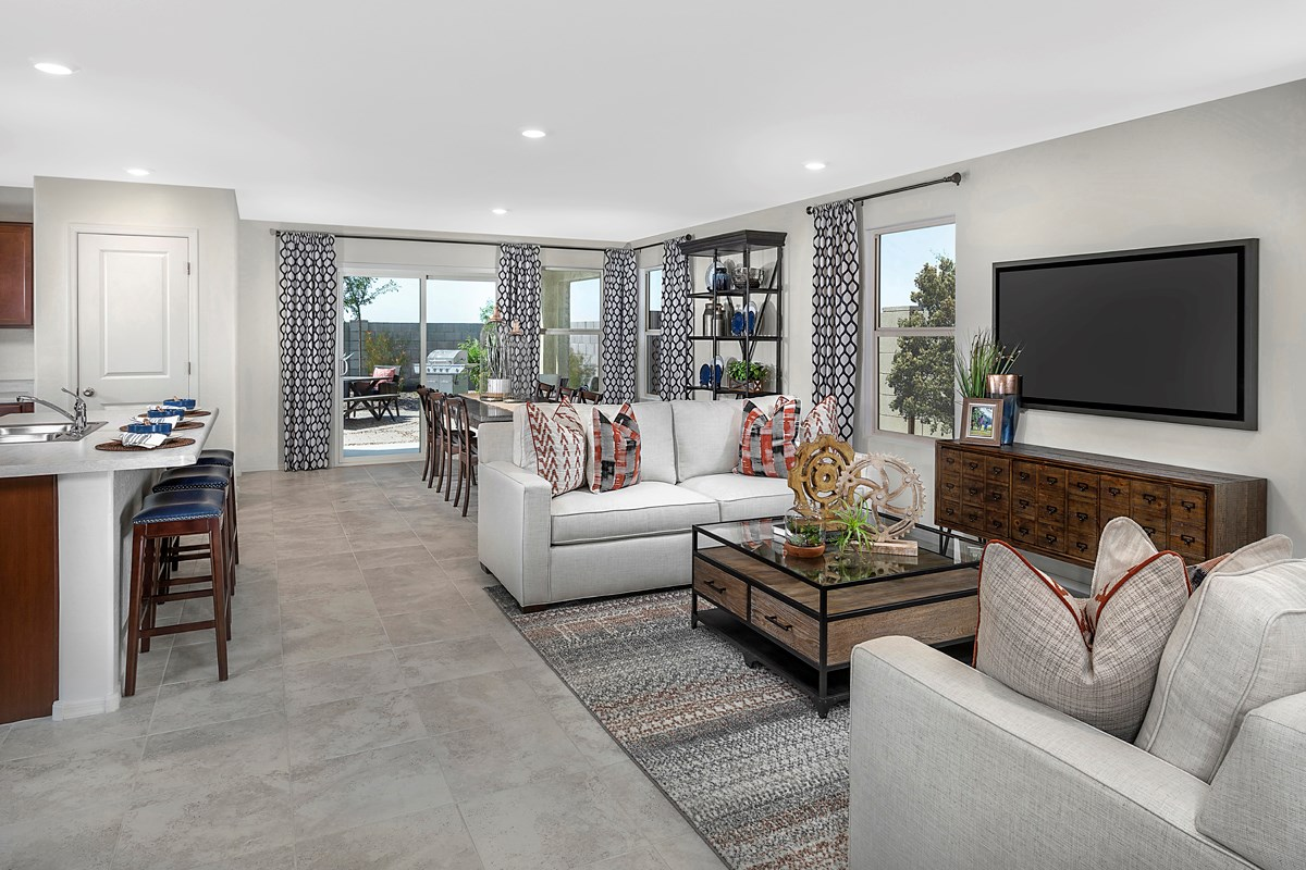 New Homes in Buckeye, AZ - Blue Horizons Traditions Plan 1849 Great Room