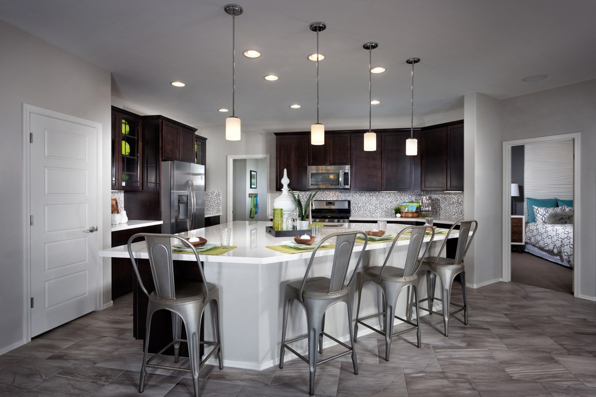 New Homes in Maricopa, AZ - Cliffrose at Desert Passage Plan 2632 Kitchen