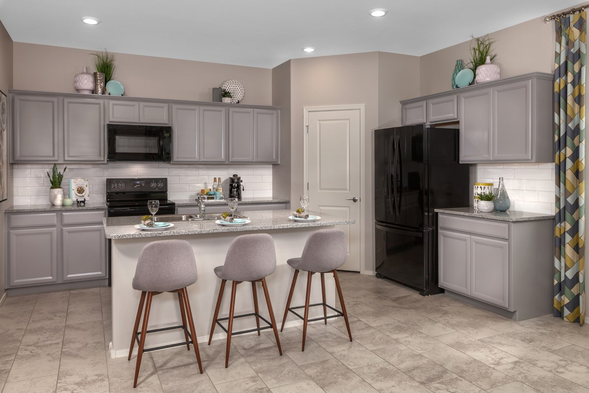 New Homes in Gilbert, AZ - Cobblestone Villas Plan 1916 Kitchen