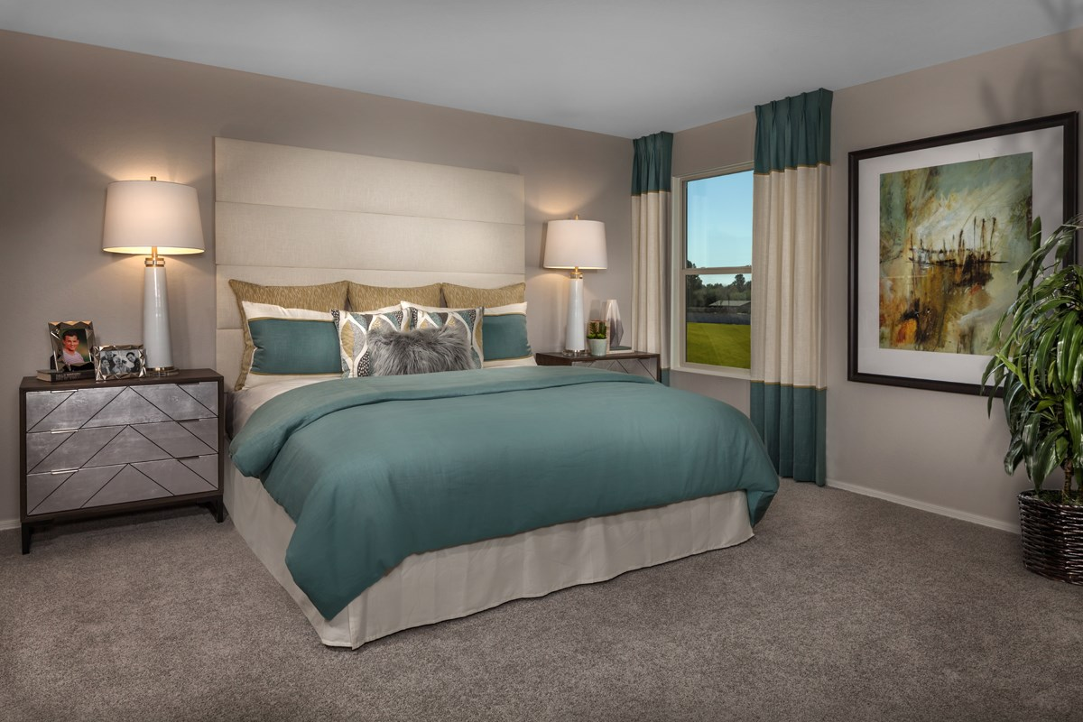 New Homes in Gilbert, AZ - Cobblestone Villas Plan 1916 Master Bedroom