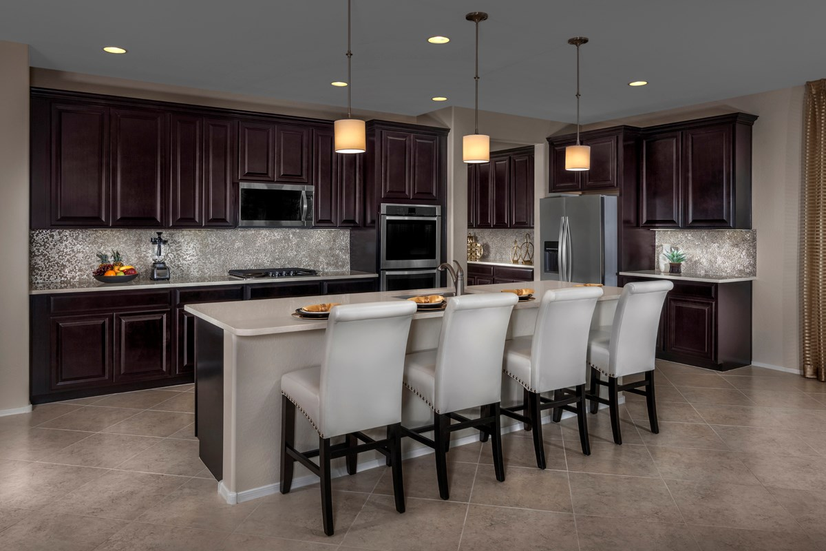 New Homes in Mesa, AZ - Copper Crest Traditional Collection Plan 2543 Kitchen