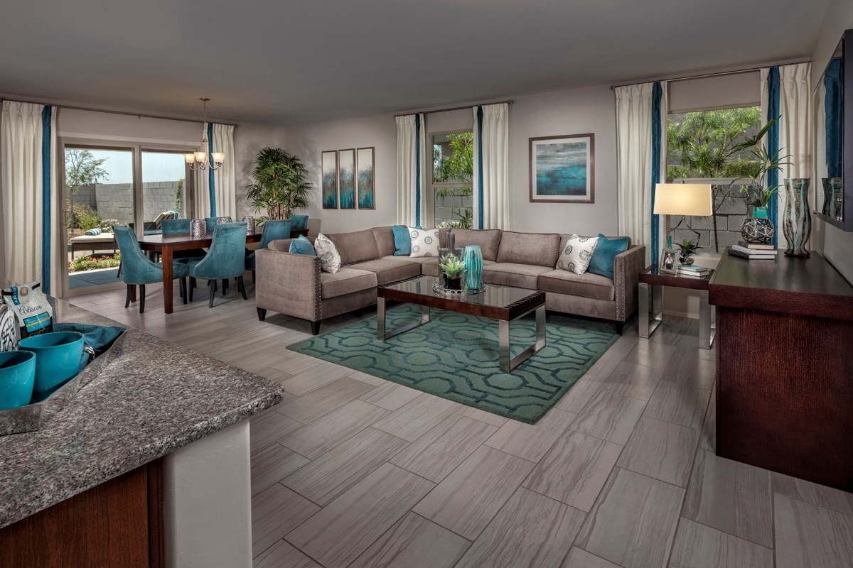 New Homes in Mesa, AZ - Copper Crest Traditional Collection Plan 1678 Great Room