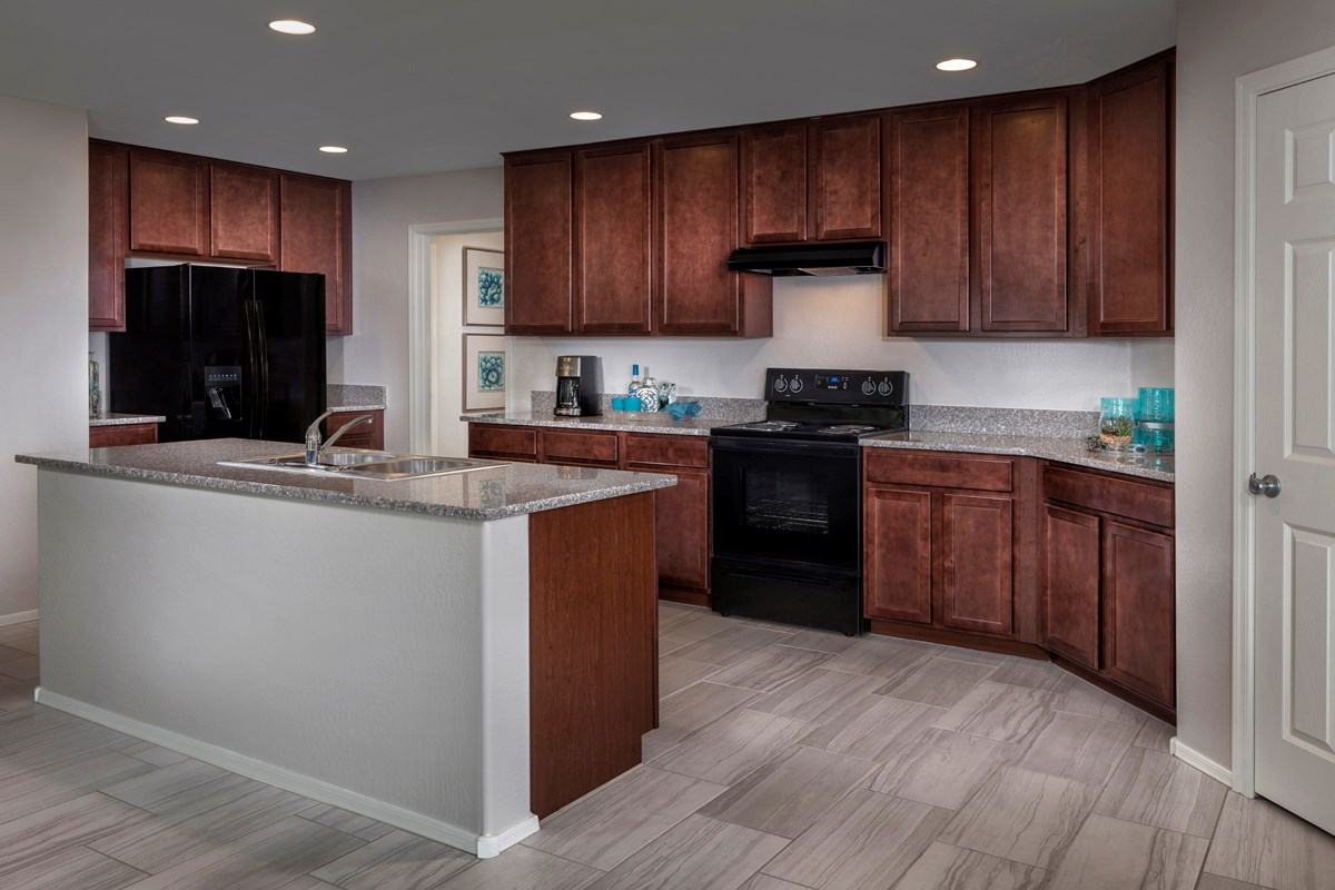 New Homes in Mesa, AZ - Copper Crest Traditional Collection Plan 1678 Kitchen