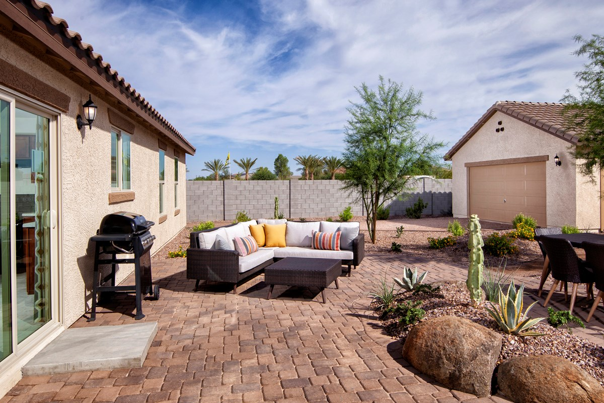 New Homes in Maricopa, AZ - Homestead II Plan 1708 Patio