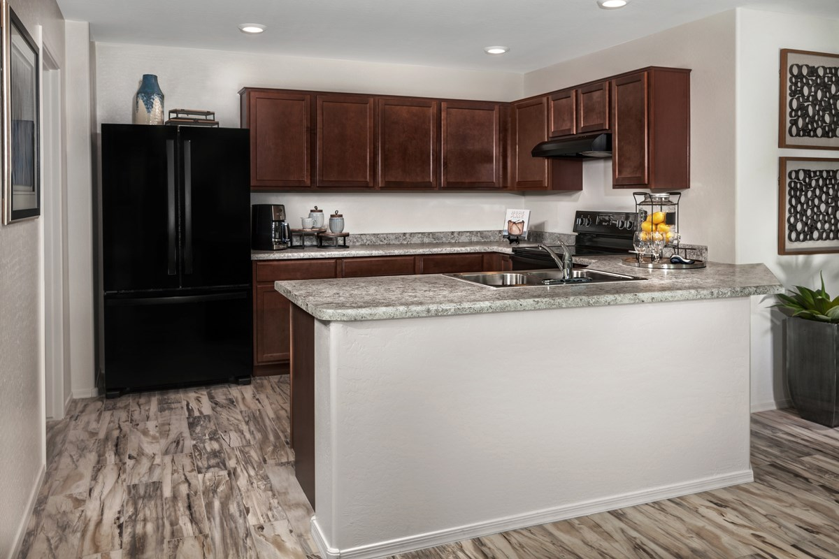 New Homes in Maricopa, AZ - Juniper at Desert Passage Plan 1573 Kitchen