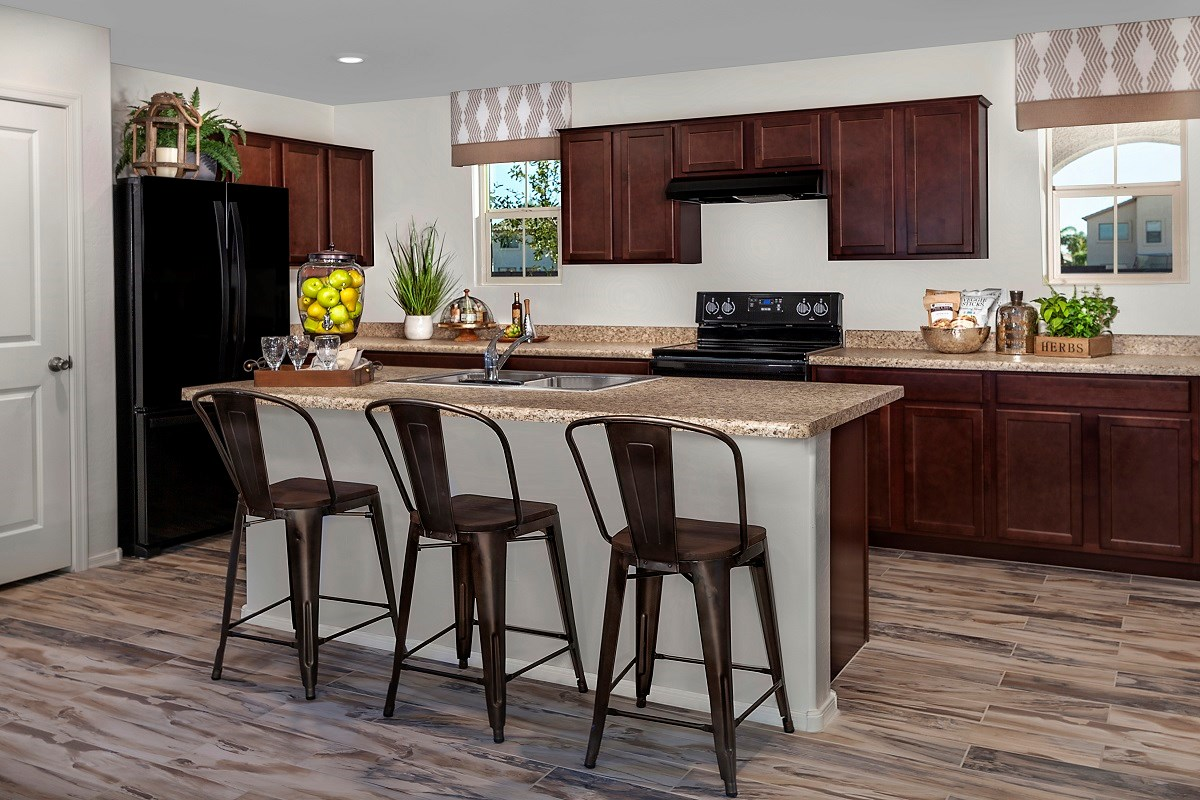 New Homes in Goodyear, AZ - La Ventilla III Plan 2270 Kitchen