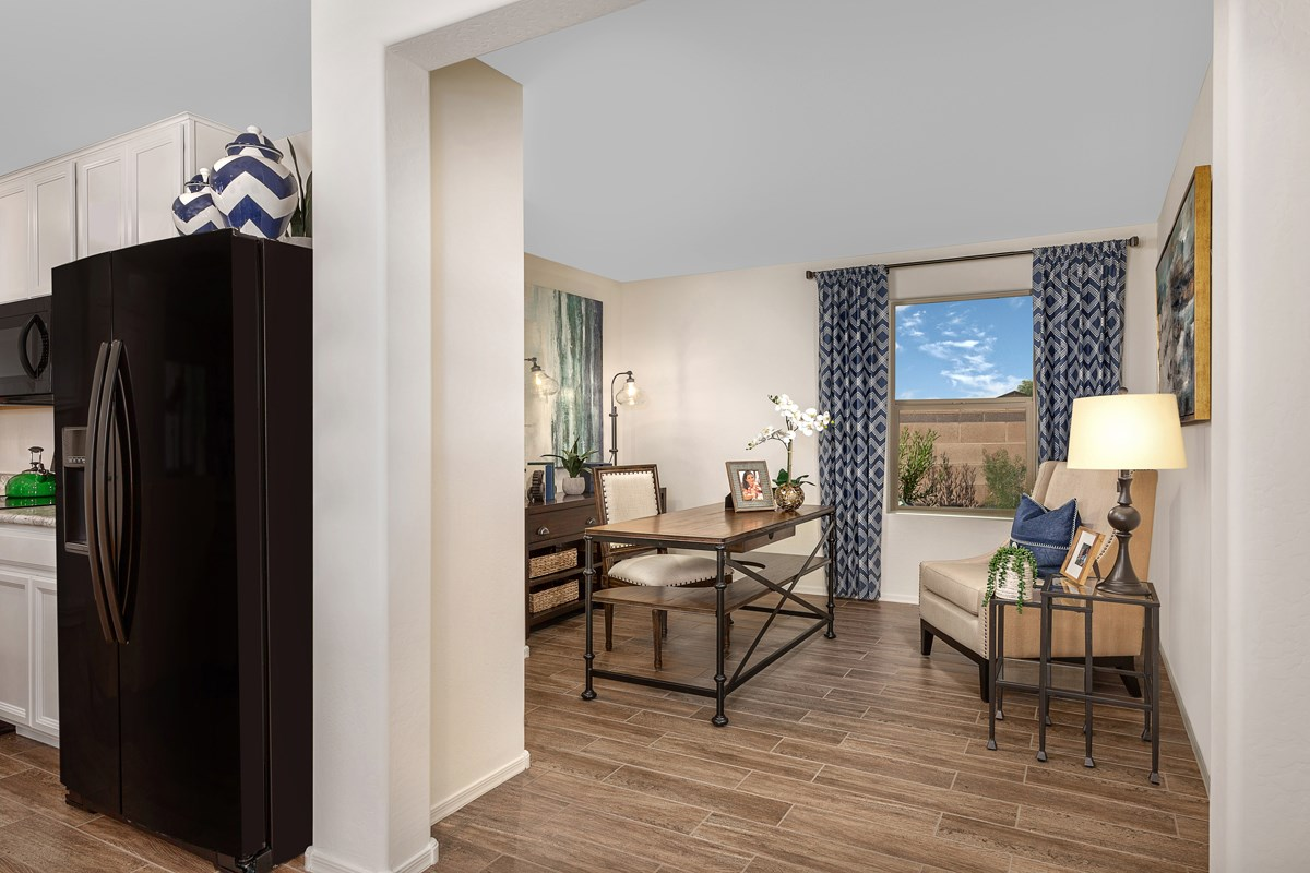 New Homes in Phoenix, AZ - Park Meadows II Plan 1841 Den