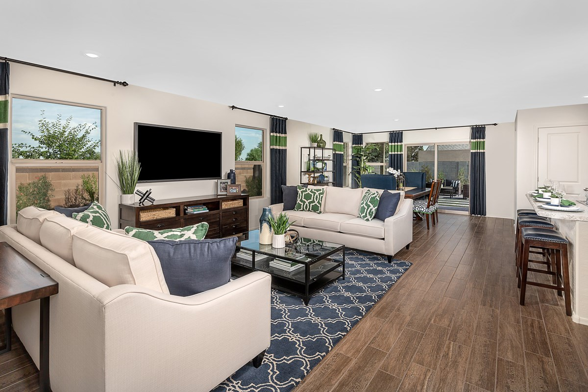 New Homes in Phoenix, AZ - Park Meadows II Plan 1841 Great Room