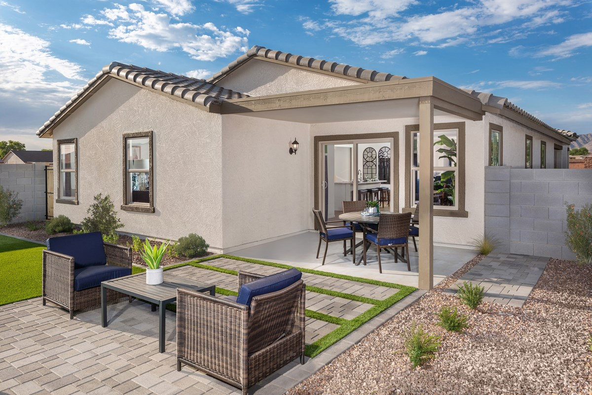 New Homes in Phoenix, AZ - Park Meadows II Plan 1841 Patio