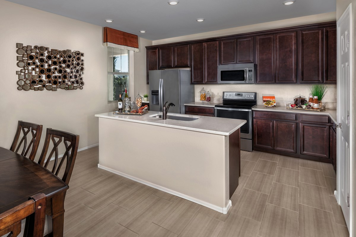 New Homes in Chandler, AZ - The Villas at Paseo Place Plan 1483 Kitchen
