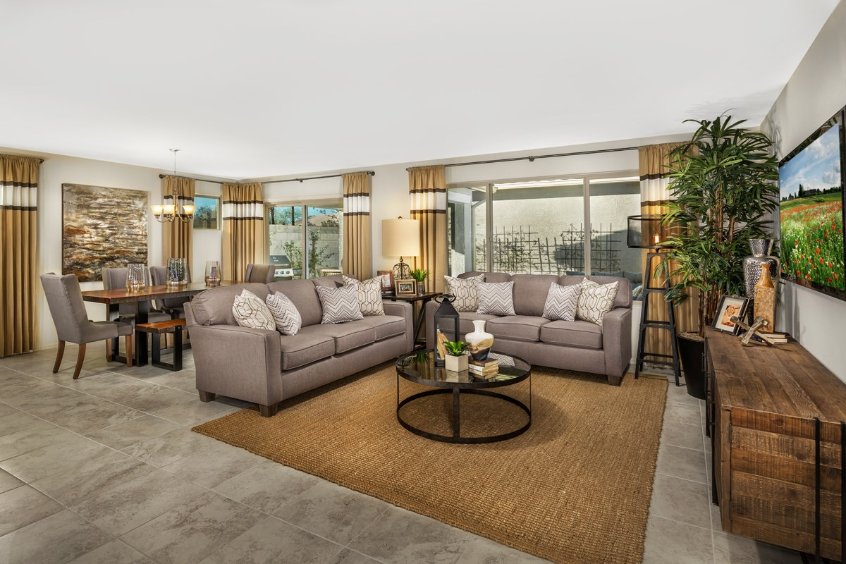 New Homes in Mesa, AZ - The Villas at Sonoran Ridge Plan 2260 Great Room