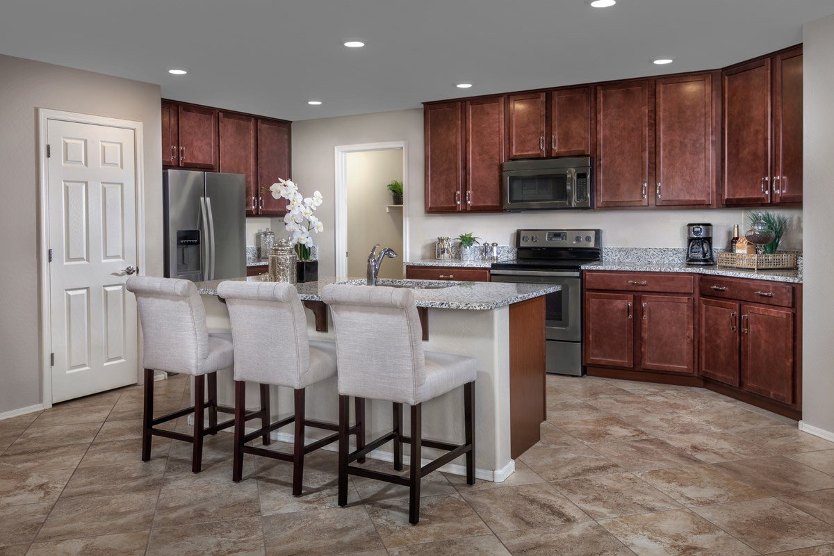 New Homes in Goodyear, AZ - Stone Canyon at Estrella Plan 1867 Kitchen