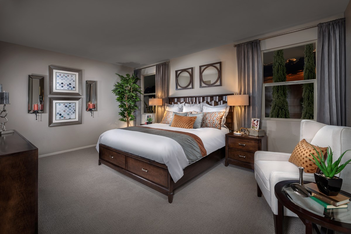New Homes in Surprise, AZ - Villas at Sycamore Farms Plan 1551 Master Bedroom