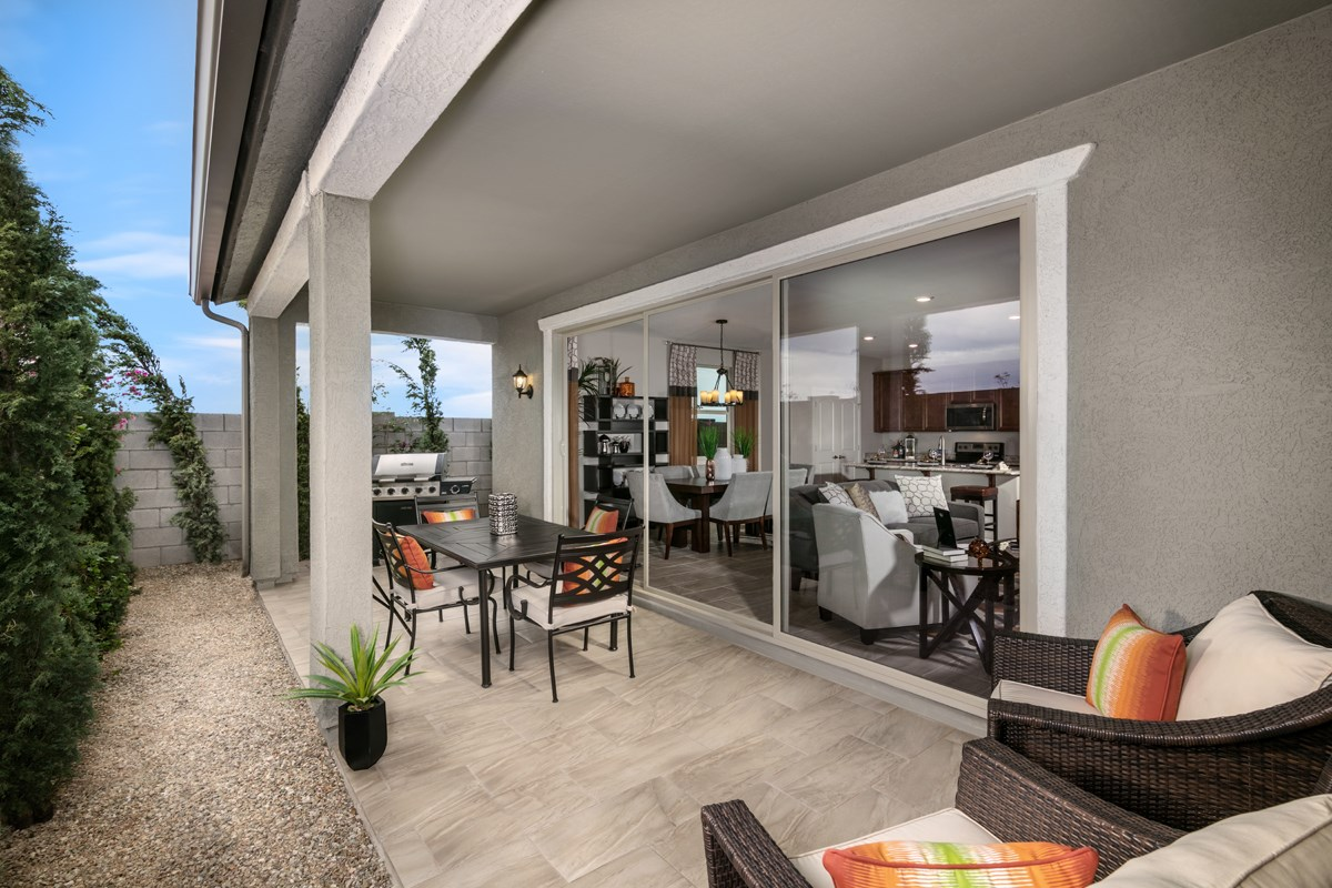 New Homes in Surprise, AZ - Villas at Sycamore Farms Plan 1551 Patio