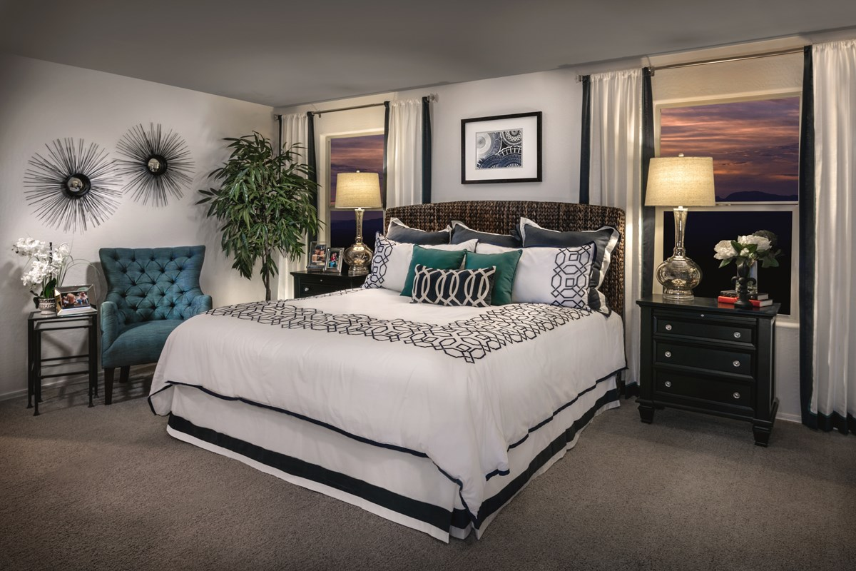 New Homes in Surprise, AZ - Villas at Sycamore Farms Plan 2270 Master Bedroom