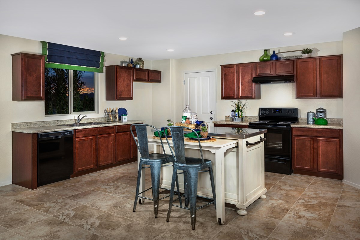 New Homes in San Tan Valley, AZ - The Enclaves at The Parks Plan 2436 Kitchen