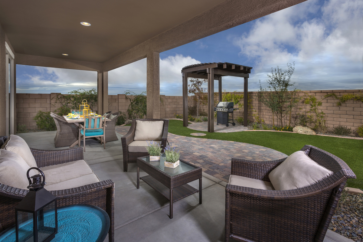 2212 Outdoor living