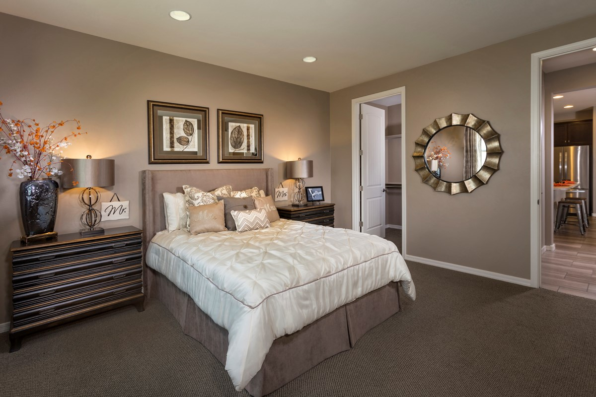 New Homes in Tucson, AZ - Mountain Vail Reserve II 1465 Master Bedroom