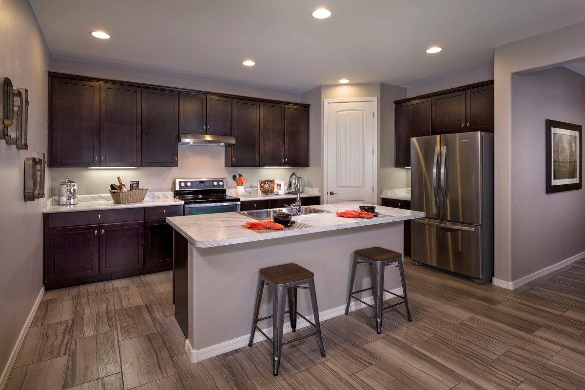 New Homes in Tucson, AZ - Mountain Vail Reserve 1465 Kitchen
