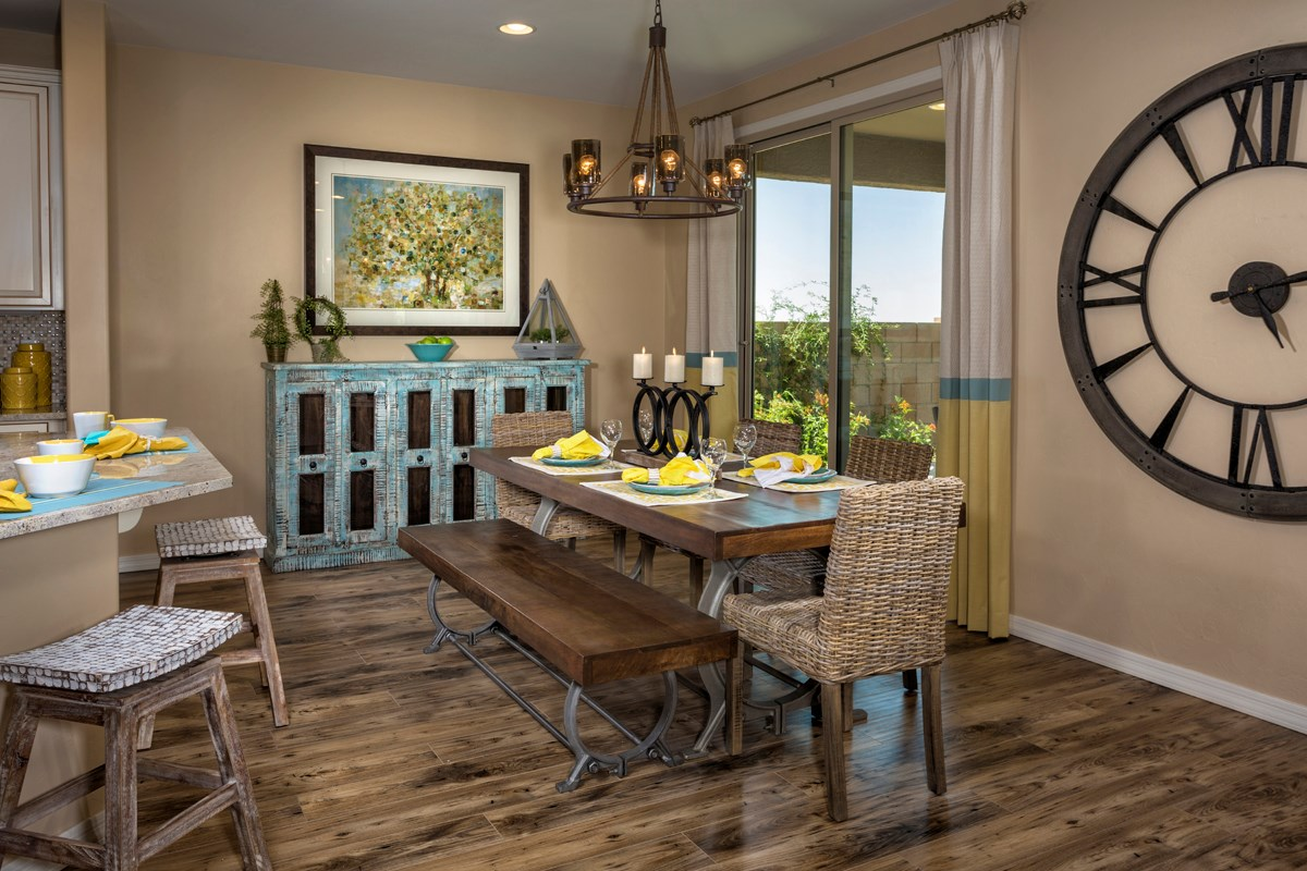 New Homes in Tucson, AZ - Mountain Vail Reserve II 2212 Dining Room