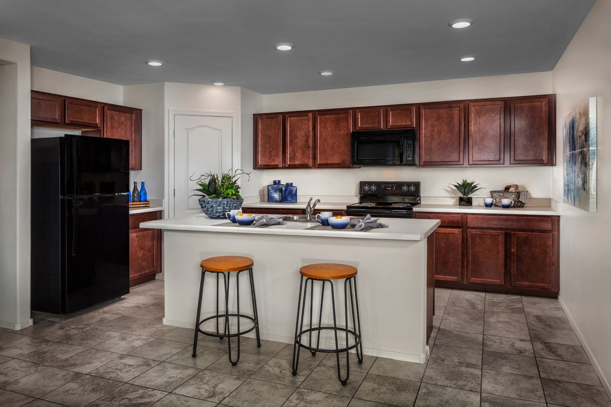 New Homes in Tucson, AZ - Oakmore Reserve 1465 Kitchen