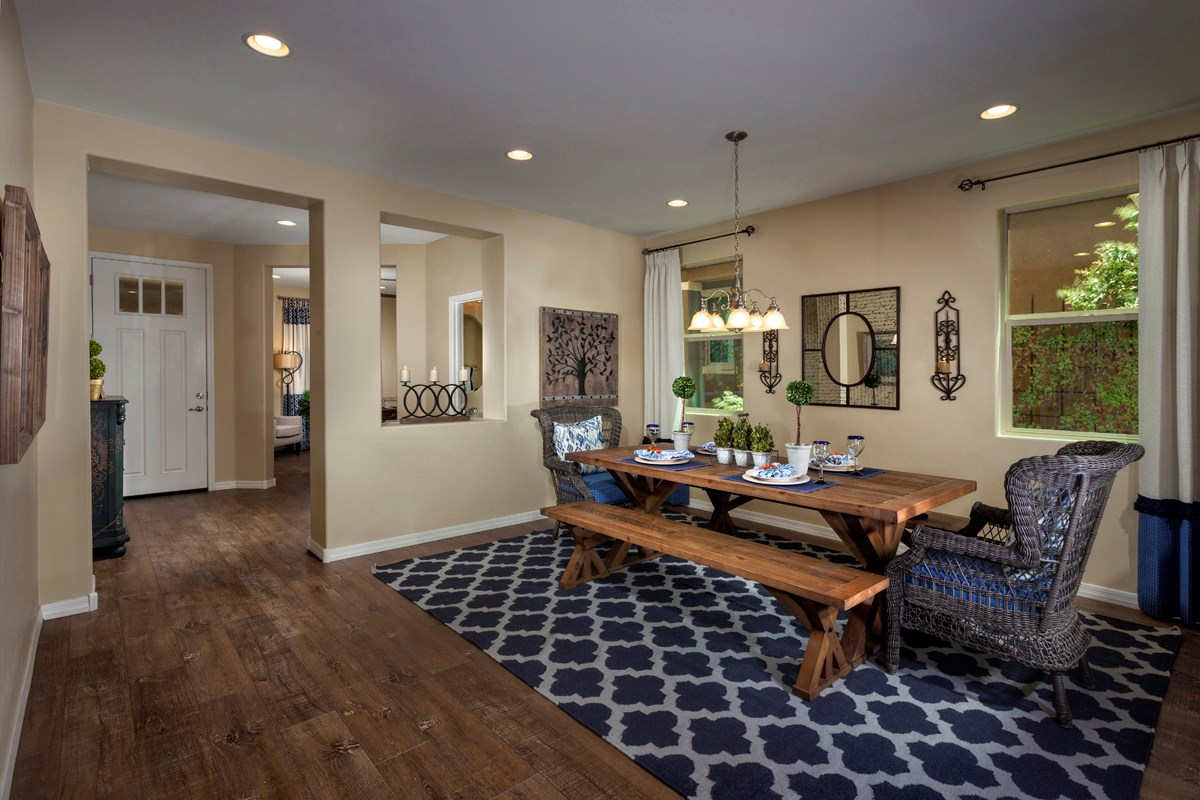New Homes in Sahuarita, AZ - Presidio Porvenir at Rancho Sahuarita Plan 2836 Dining Room