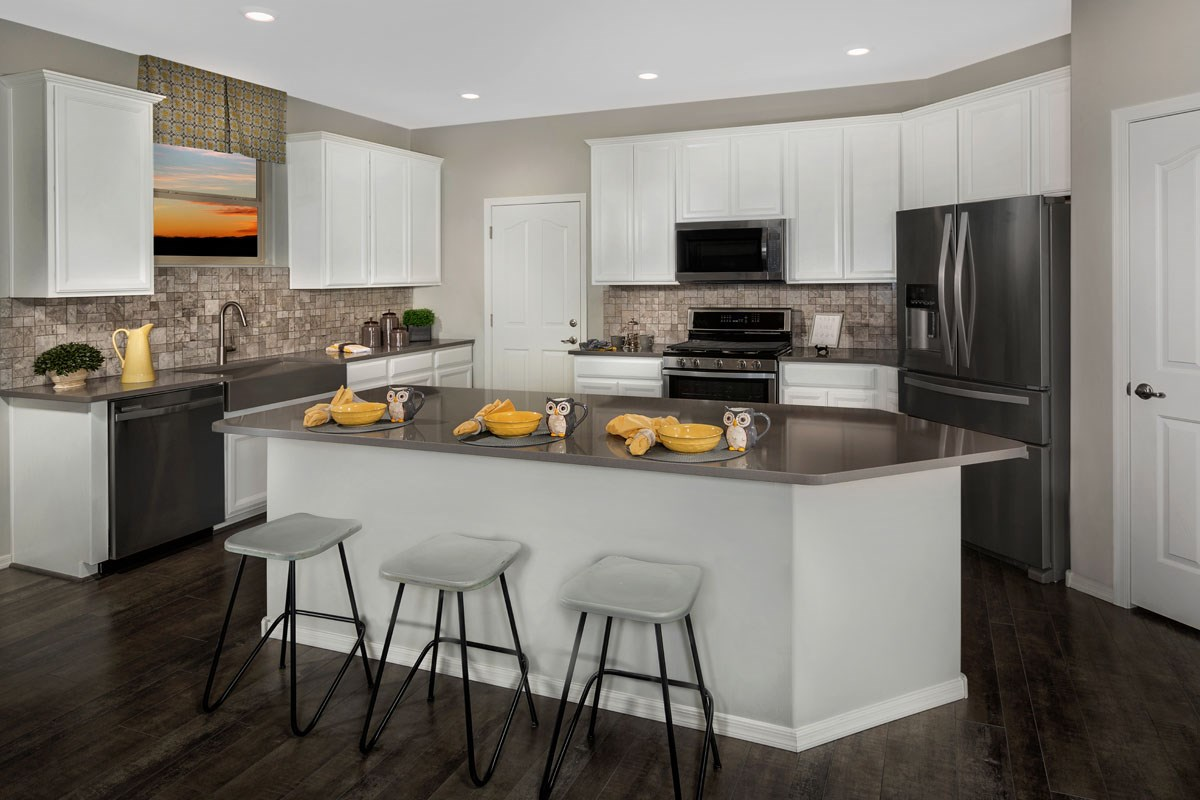 New Homes in Vail, AZ - Santa Rita Ranch II Plan 2723 Kitchen