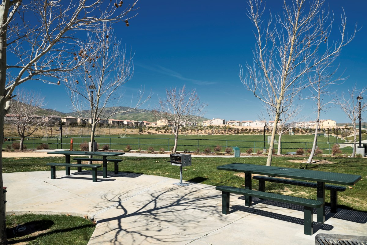 New Homes in Palmdale, CA - Crestview at Anaverde Community Parks