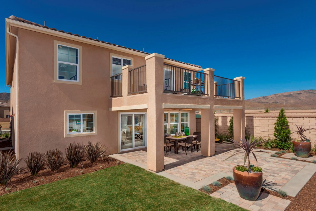 New Homes in Palmdale, CA - Crestview at Anaverde Residence Four - Rear Yard