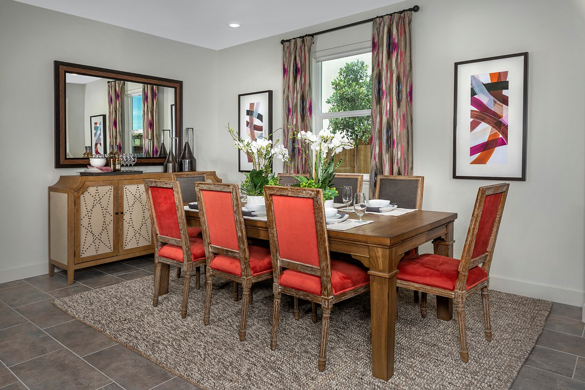 New Homes in Woodland, CA - Bradford at Spring Lake Plan 2413 - Dining Room