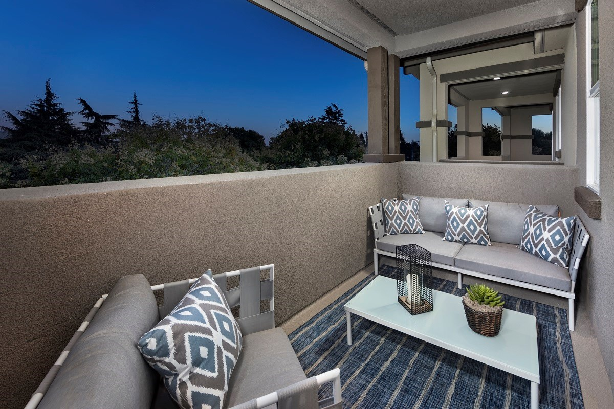 New Homes in Hayward, CA - Element Plan 2 Outdoor Deck