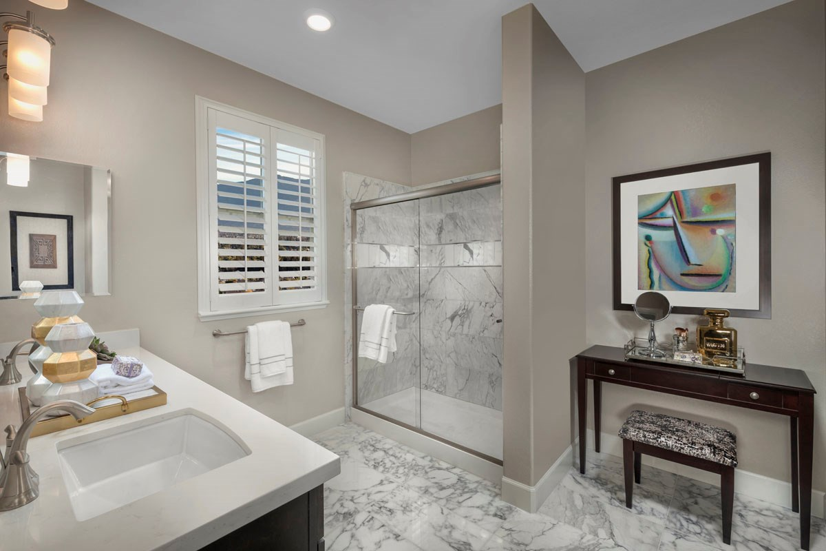 New Homes in San Jose, CA - Metro at Communications Hill Plan 3 Master Bathroom