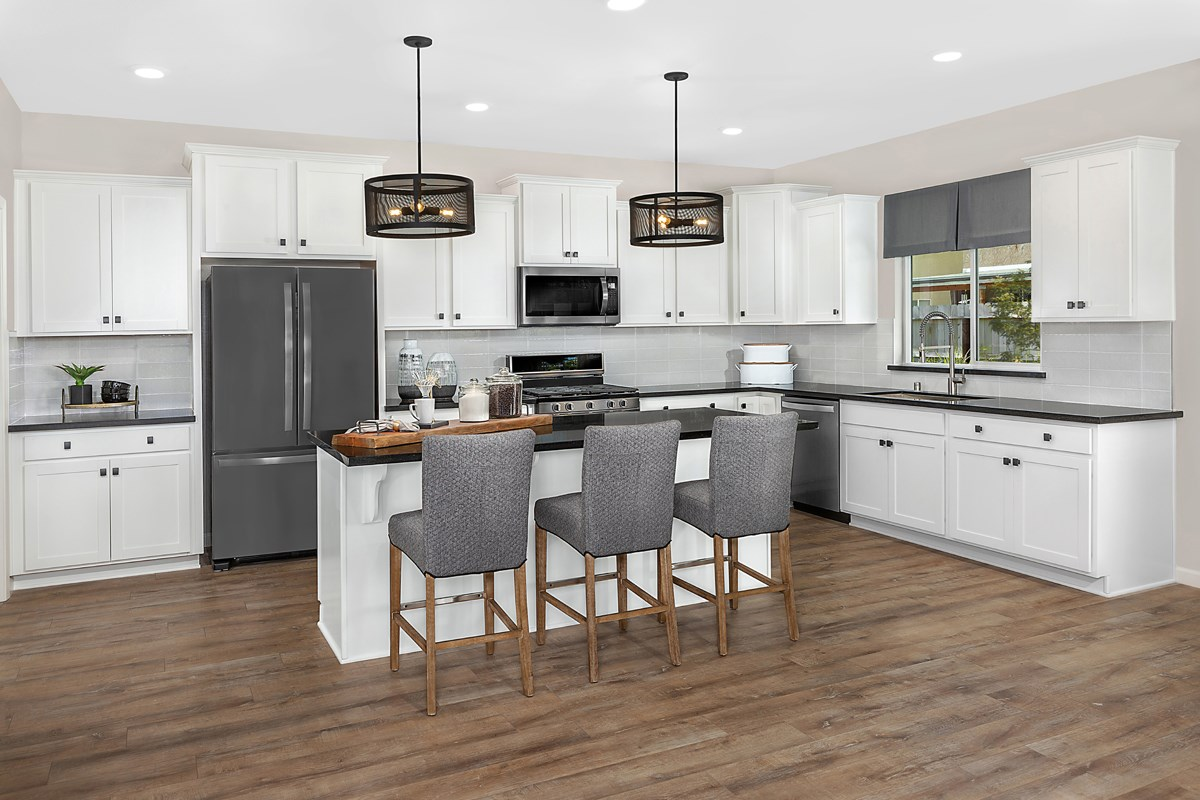 New Homes in Fresno, CA - Laurel Grove Plan 2321 Kitchen