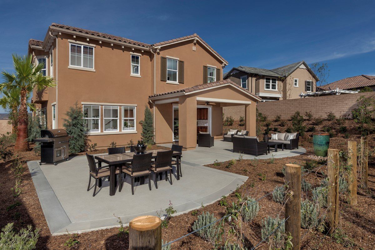 New Homes in Simi Valley, CA - Arroyo Vista at The Woodlands Residence 3292 Patio