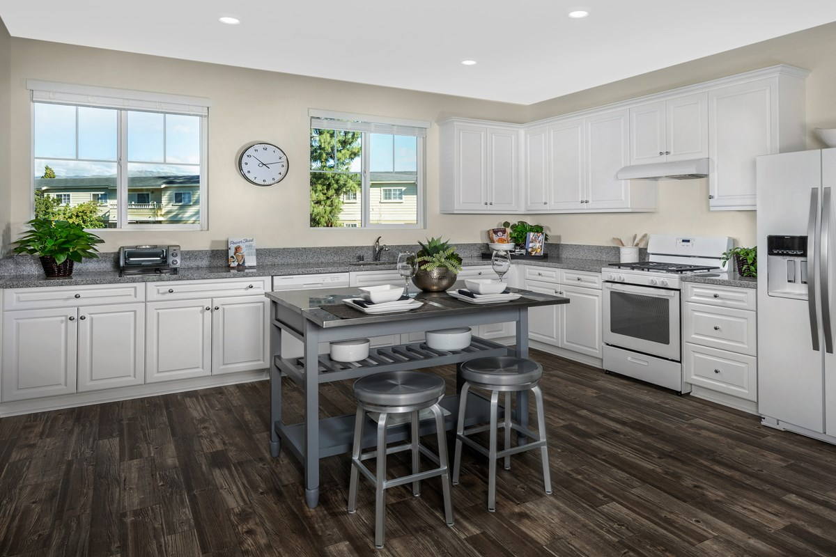 New Homes in Chatsworth, CA - Brezza Residence 1 - Kitchen