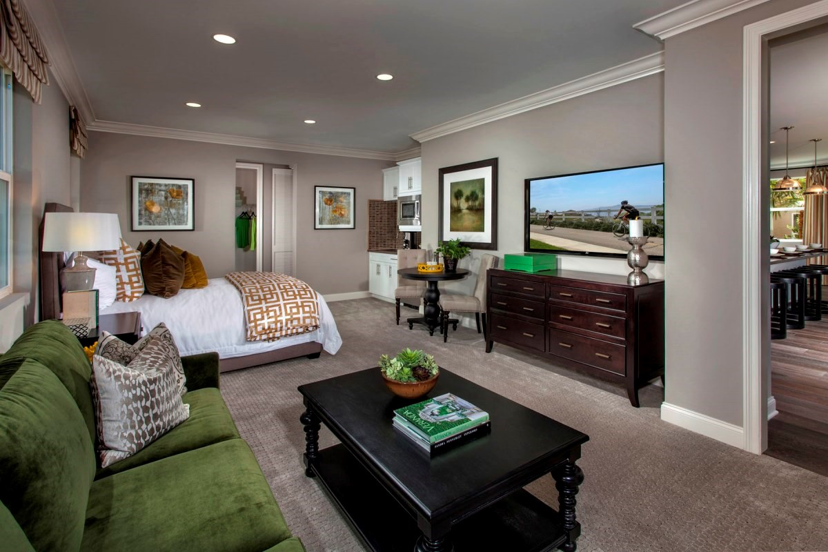 New Homes in Santa Clarita, CA - Canyon Crest Residence 4346 First Floor Junior Suite