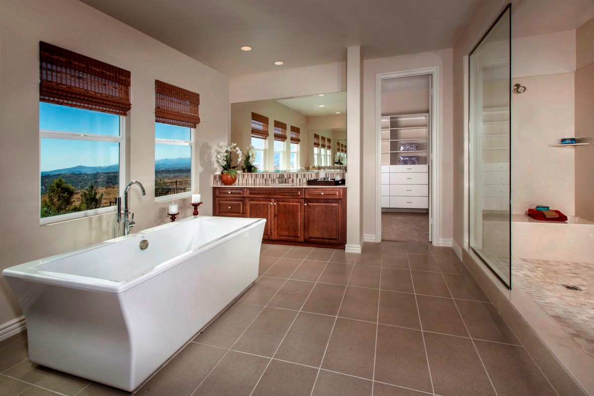 New Homes in Santa Clarita, CA - Canyon Crest Residence 4517 Master Bath