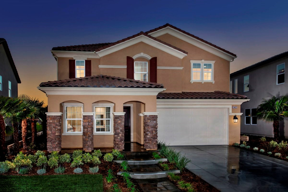New Homes in Santa Clarita, CA - Canyon Heights Residence 3187