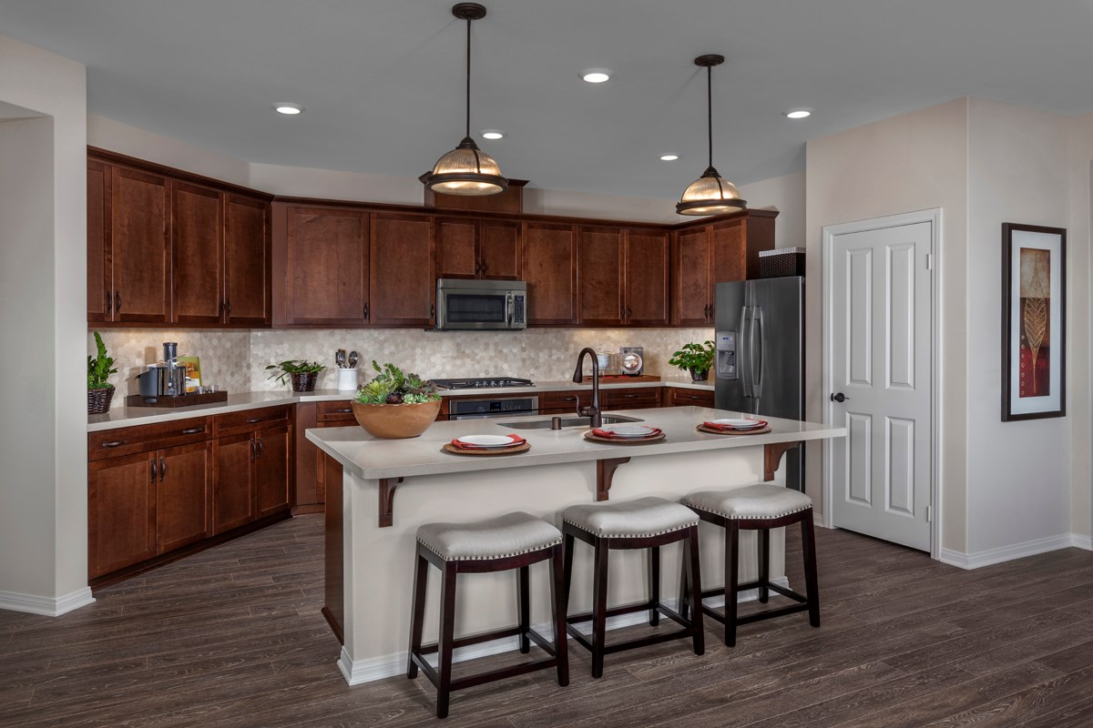 New Homes in Santa Clarita, CA - Canyon Heights Residence 1925 Kitchen