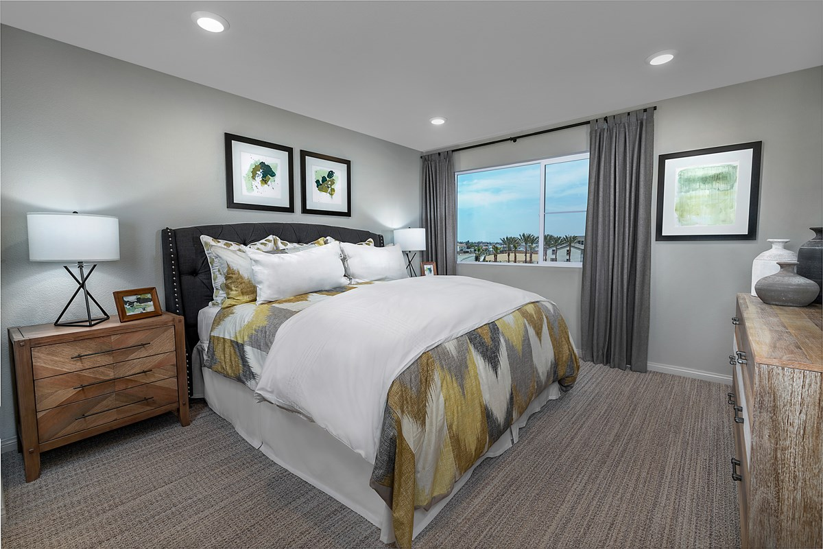 New Homes in Harbor City, CA - Cottages at Harbor Pointe Residence 1829 Master Bedroom