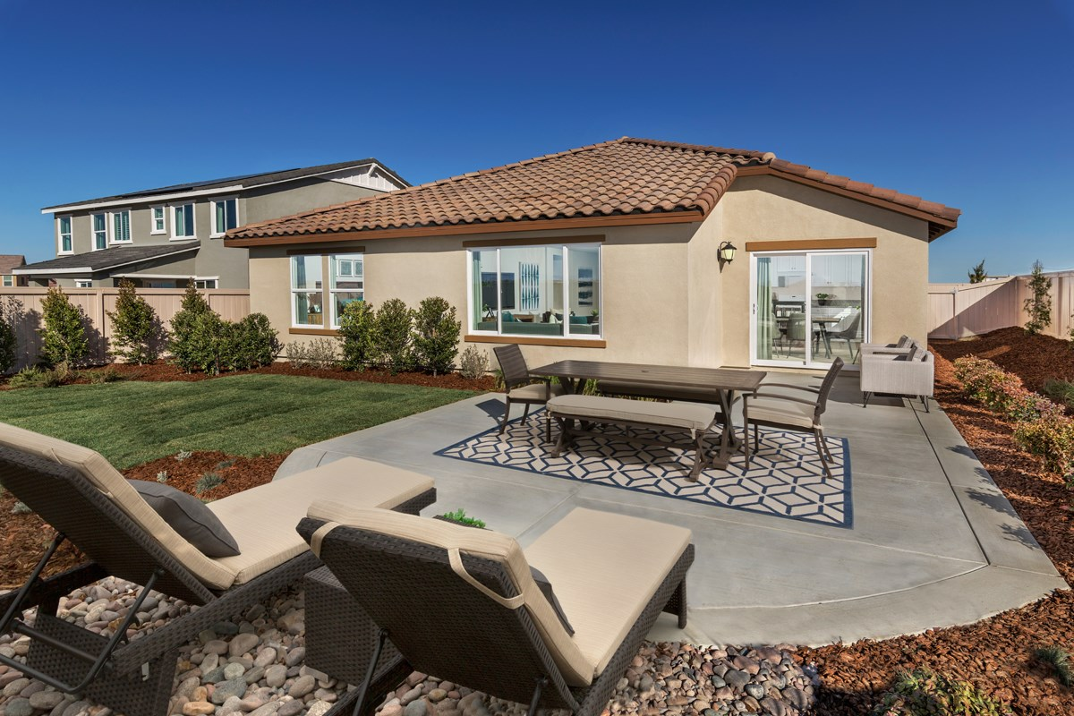 New Homes in Lancaster, CA - Dorado Skies II  Residence 1 - Patio