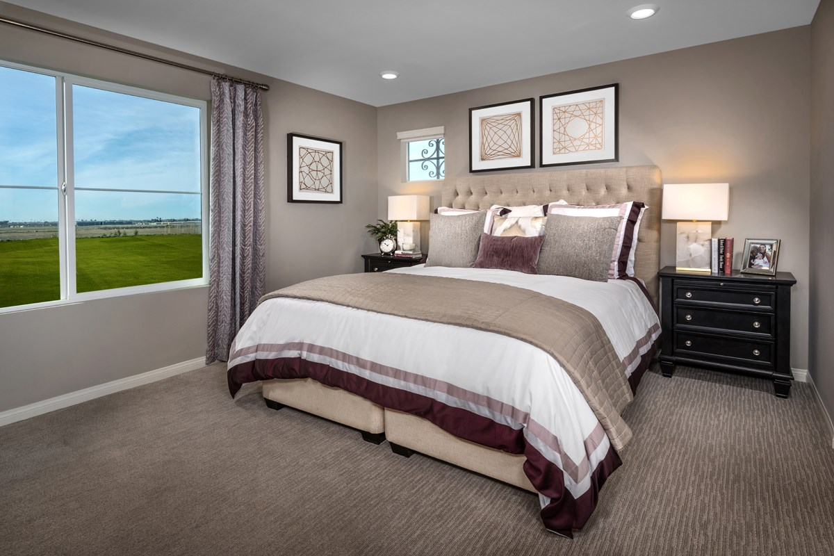 New Homes in Camarillo, CA - Mariposa at Springville Residence Three Master Bedroom