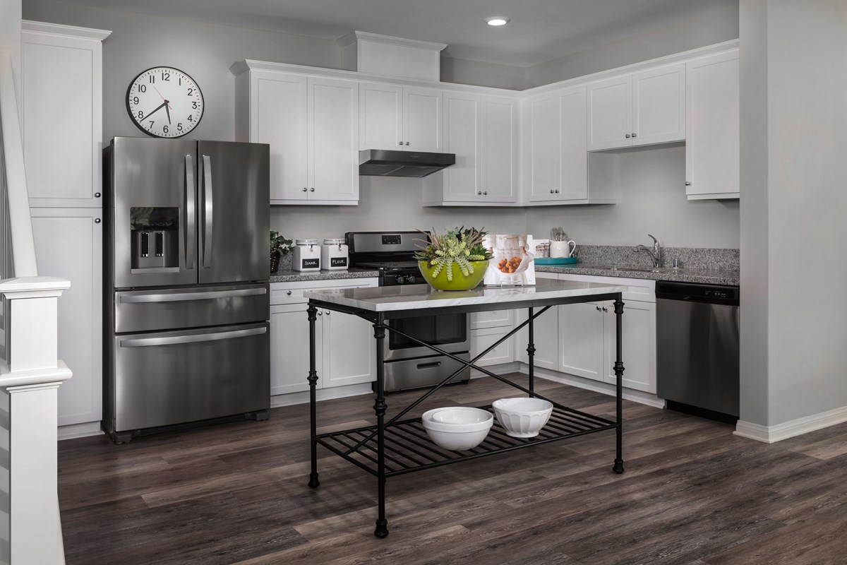 New Homes in Camarillo, CA - Mariposa at Springville Residence One Kitchen