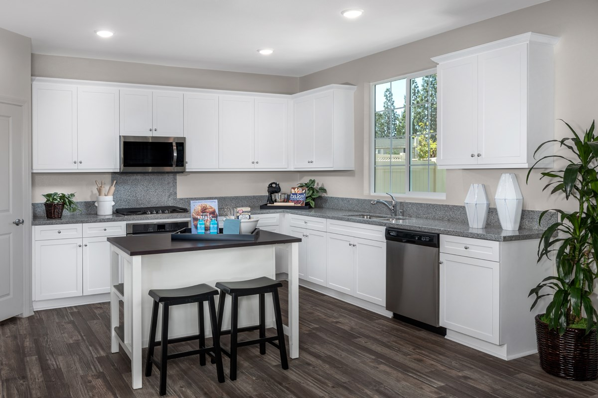 New Homes in North Hills, CA - Oak Pointe Residence 2427 - Kitchen