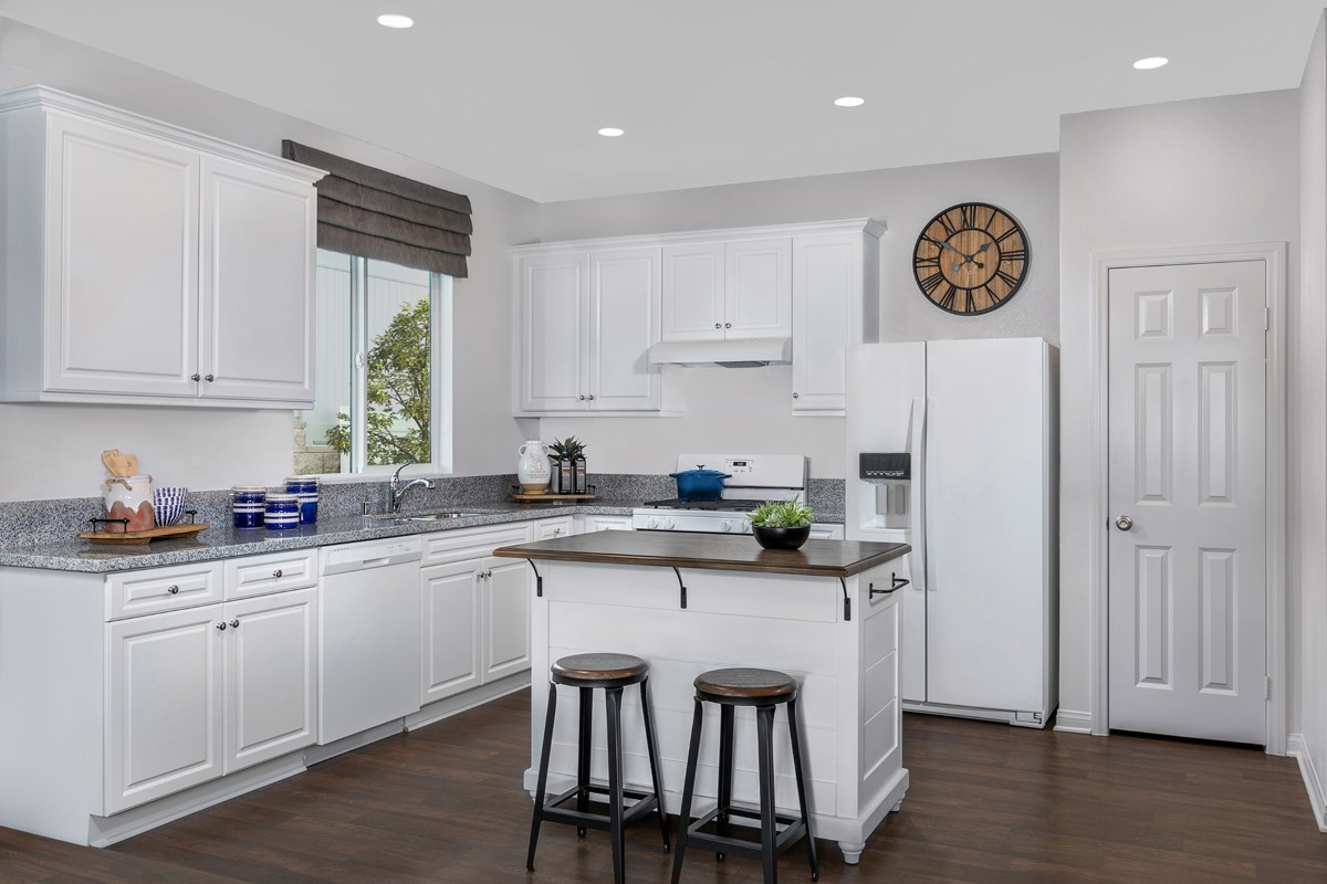 New Homes in Los Angeles, CA - Vista Pointe Residence 1 - Kitchen