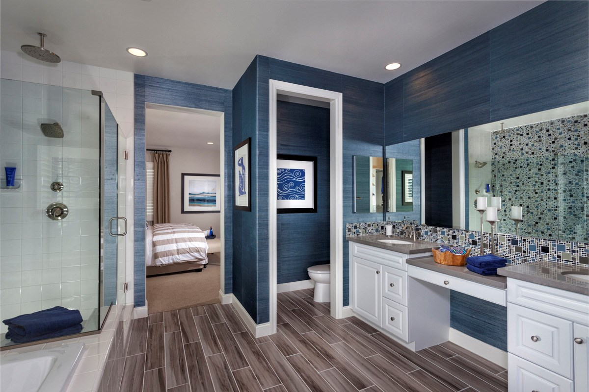 New Homes in Murrieta, CA - Acacia at Mahogany Hills Residence Two Master Bathroom