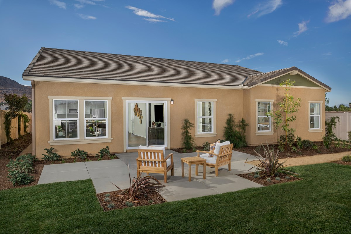 New Homes in Moreno Valley, CA - Bella Cortina Residence 2128 - Patio