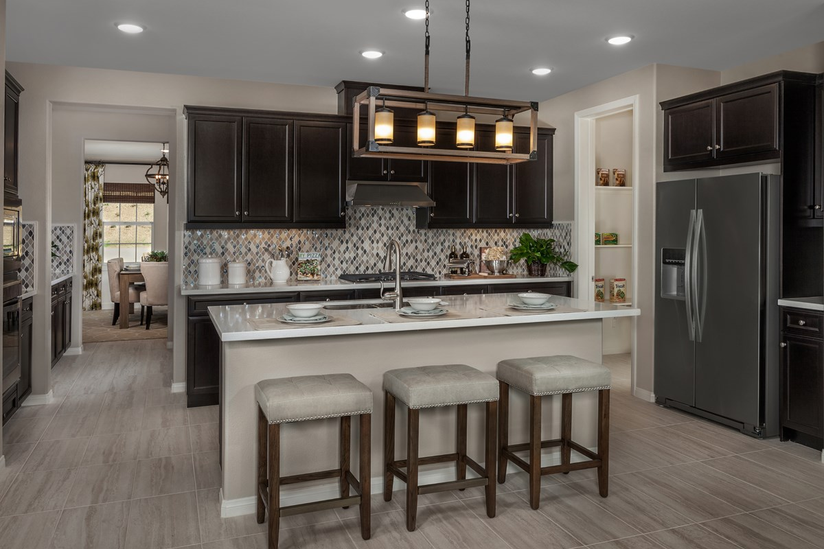 New Homes in Riverside, CA - Capistrano at Spring Mountain Ranch Residence Six - Kitchen