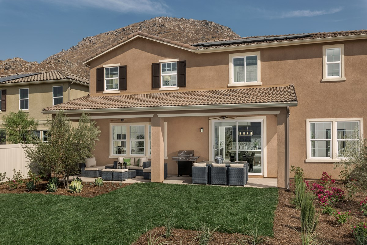 New Homes in Riverside, CA - Capistrano at Spring Mountain Ranch Residence Six - Patio